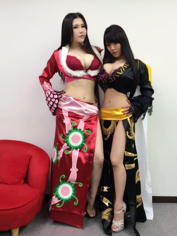 Cosplay hitomi tanaka Hitomi Tanaka