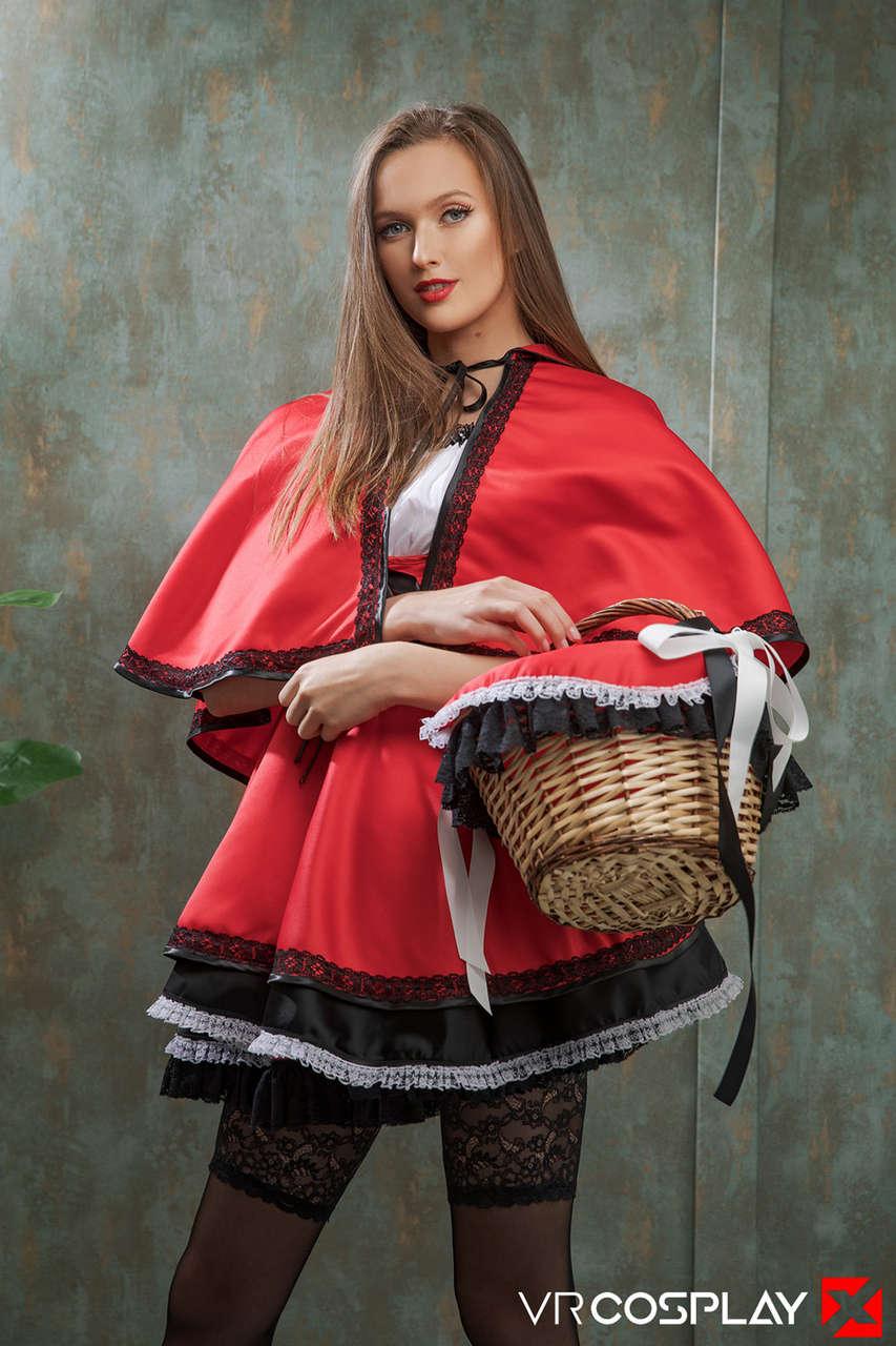 Stacy Cruz Red Riding Hood Vr Cosplay X (12 photos