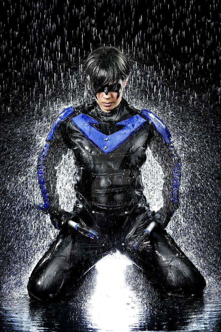 Water Shooting Nightwing